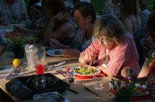 Kulinarne warsztaty międzypokoleniowe_Zielony Jazdó_Kwiaty jadalne_Fundacja ZACZYN-4