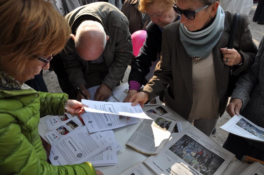 Piknik MiędzynarodowyDzień Osób Starszych, Ogród Saski 2014 - Fundacja ZACZYN  (55)