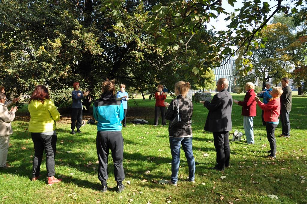 Piknik MiędzynarodowyDzień Osób Starszych, Ogród Saski 2014 - Fundacja ZACZYN  (12)