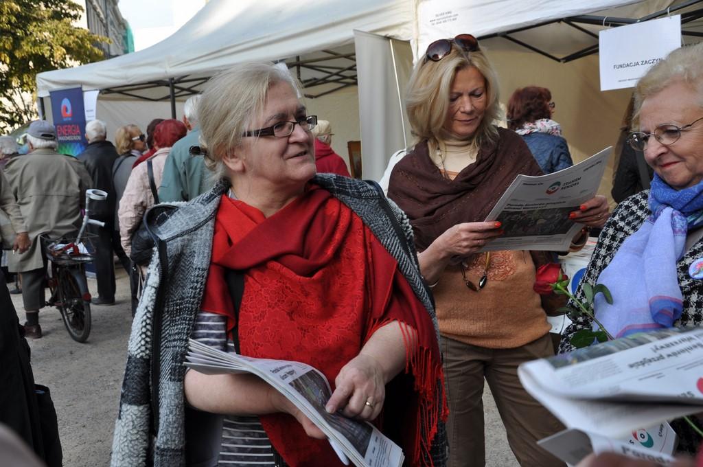 Piknik MiędzynarodowyDzień Osób Starszych, Ogród Saski 2014 - Fundacja ZACZYN  (133)