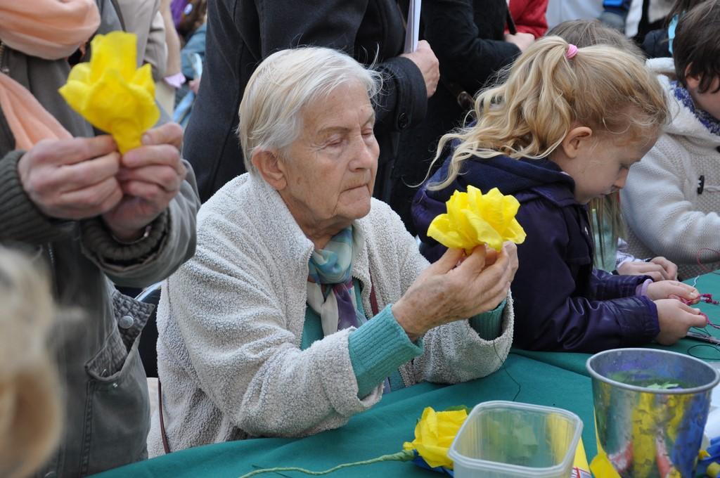 Piknik MiędzynarodowyDzień Osób Starszych, Ogród Saski 2014 - Fundacja ZACZYN  (84)