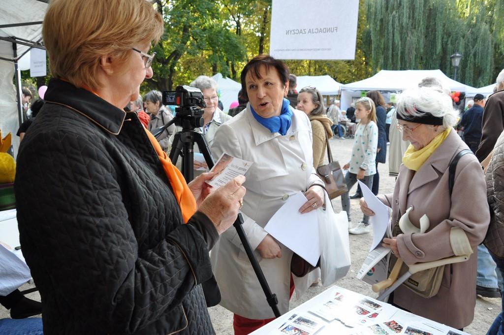 Piknik MiędzynarodowyDzień Osób Starszych, Ogród Saski 2014 - Fundacja ZACZYN  (62)