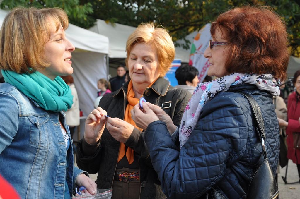 Piknik MiędzynarodowyDzień Osób Starszych, Ogród Saski 2014 - Fundacja ZACZYN  (124)