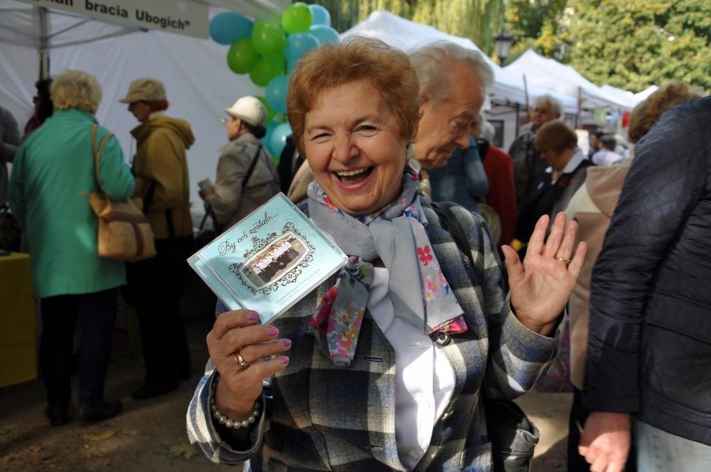Piknik MiędzynarodowyDzień Osób Starszych, Ogród Saski 2014 - Fundacja ZACZYN  (33)