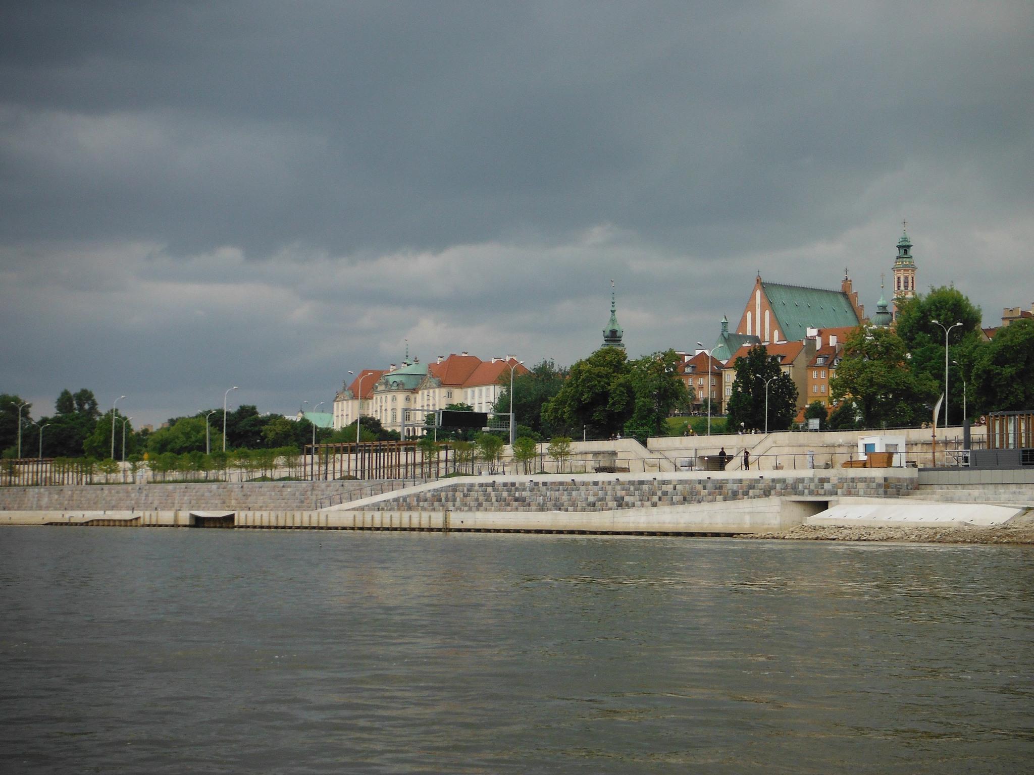 POL_Warszawa_Vistula_Boulevards_09